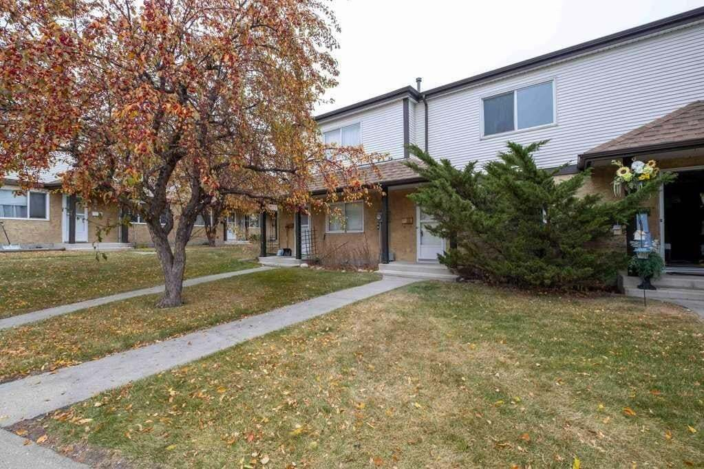 Townhouse for sale at 23 14511- 52 St NW Edmonton Alberta - MLS: E4218440