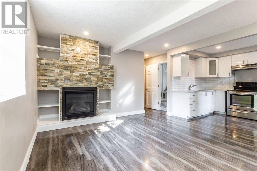Townhouse for sale at 23 Clark St East Guelph Ontario - MLS: 30756280