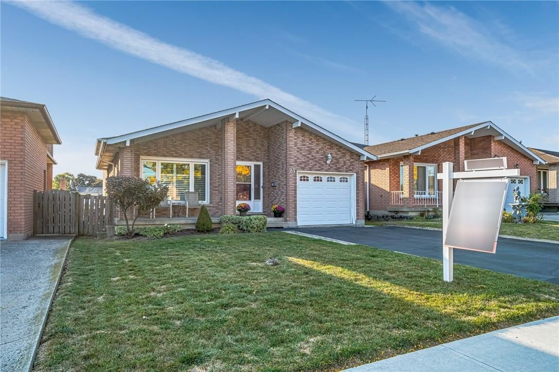 House for sale at 23 Abbot Dr Hamilton Ontario - MLS: H4089511
