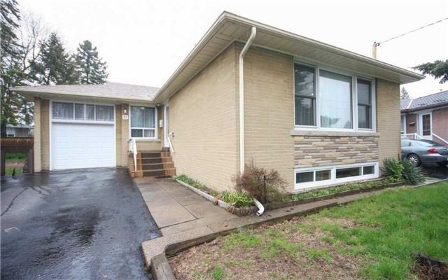 For Rent: 23 Bridgenorth Crescent, Toronto, ON | 3 Bed, 2 Bath House for $1,900. See 20 photos!