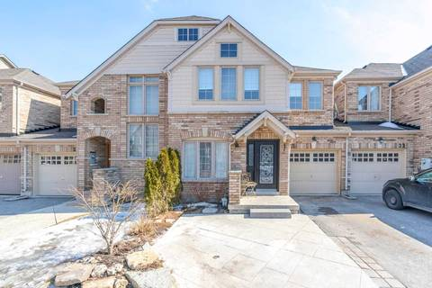 Townhouse for sale at 23 Brockdale St Richmond Hill Ontario - MLS: N4390404