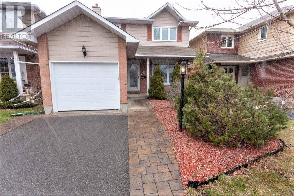 House for sale at 23 Castlefield Ave Stittsville Ontario - MLS: 1187572