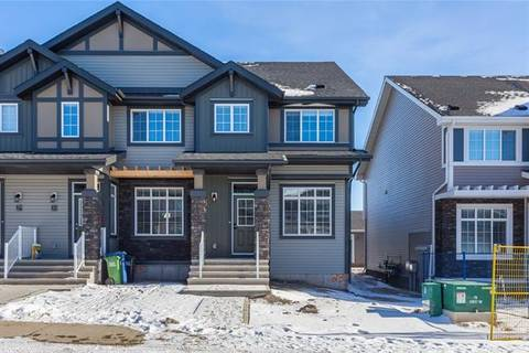 Townhouse for sale at 23 Clydesdale Cres Cochrane Alberta - MLS: C4263310