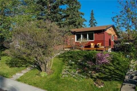 House for sale at 23 Croydon Rd Northwest Calgary Alberta - MLS: C4293775