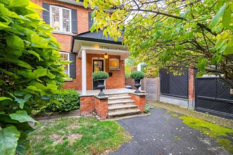 Townhouse for sale at 23 Edgewood Cres Toronto Ontario - MLS: C4935535