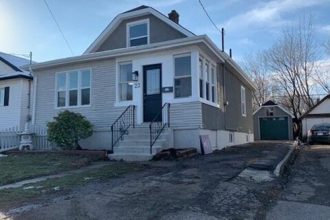 House for sale at 23 Elberta St St. Catharines Ontario - MLS: 40049076