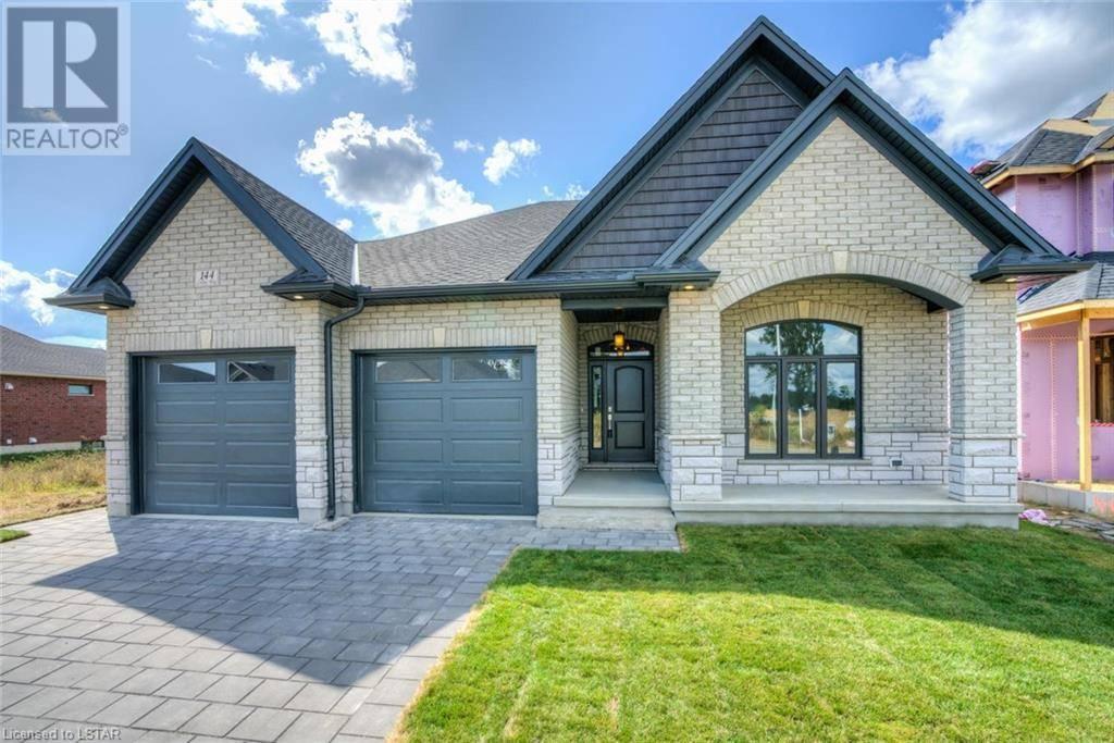 House for sale at 23 Elliot St Strathroy Ontario - MLS: 242959