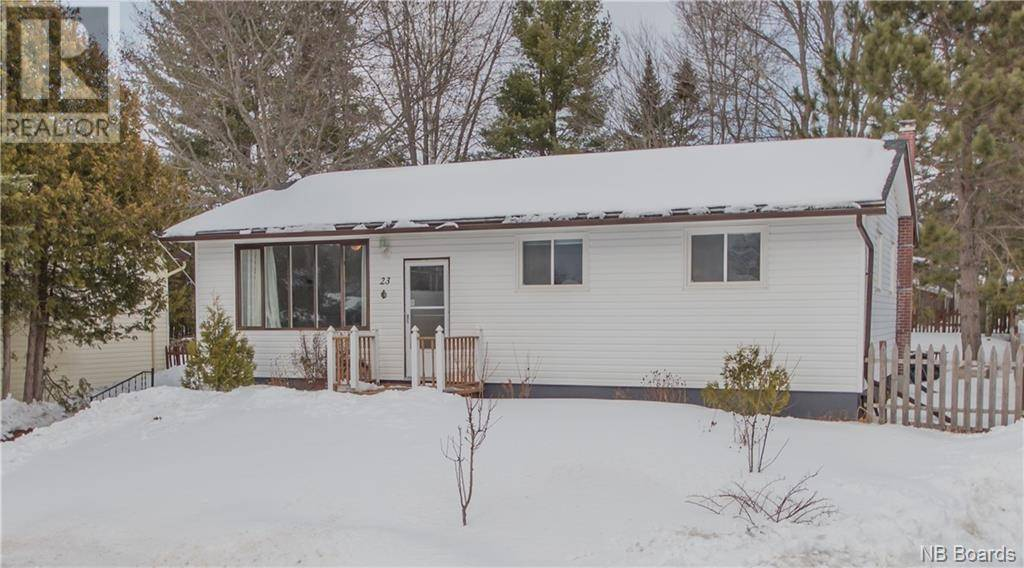 House for sale at 23 Finnamore St Oromocto New Brunswick - MLS: NB041464