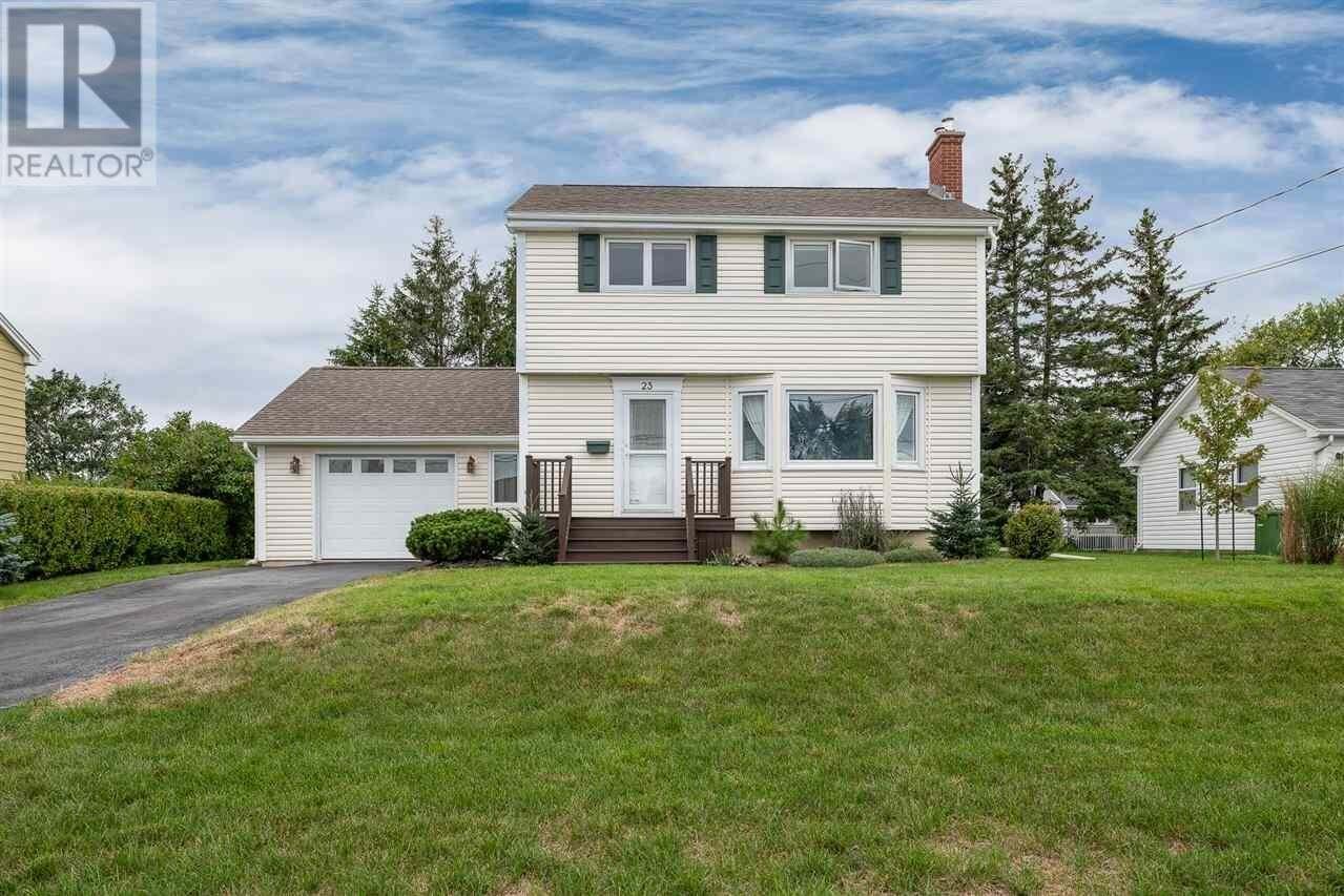 House for sale at 23 Glenn Ave Dartmouth Nova Scotia - MLS: 202019069