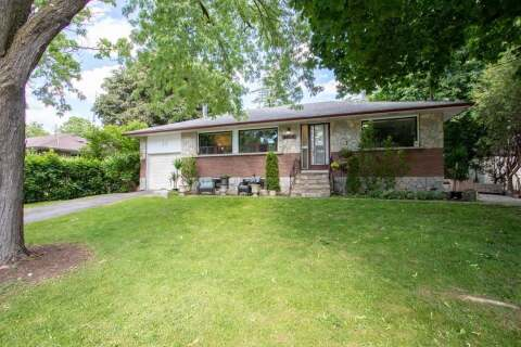 House for sale at 23 Heber Down Cres Whitby Ontario - MLS: E4793085