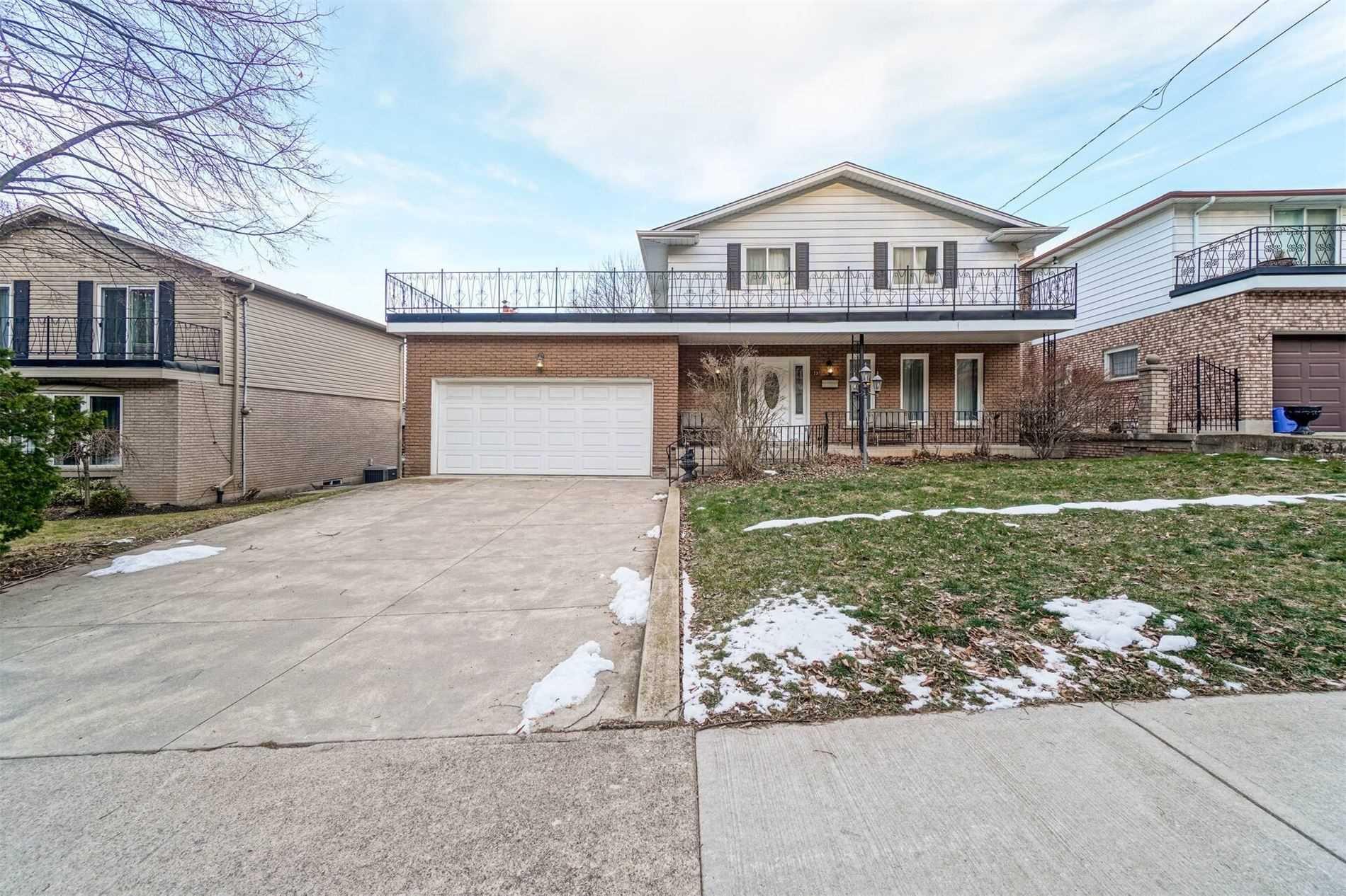 For Sale: 23 Hildegard Drive, Hamilton, ON | 3 Bed, 3 Bath House for $699000.00. See 40 photos!
