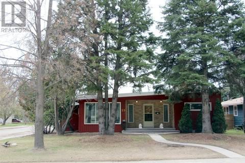 House for sale at 23 John Hair Cres Saskatoon Saskatchewan - MLS: SK771997