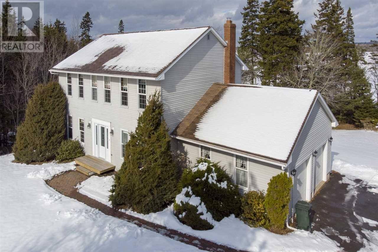 House for sale at 23 Lakeshore Dr Brookside Nova Scotia - MLS: 202003045