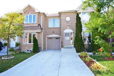 Townhouse for sale at 23 Morningdew Cres Brampton Ontario - MLS: W4959484