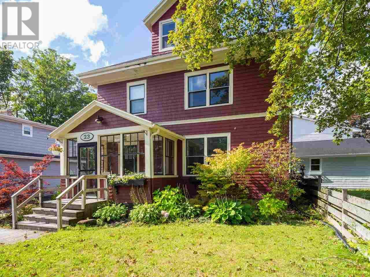 House for sale at 23 River Rd North Charlottetown Prince Edward Island - MLS: 202001875