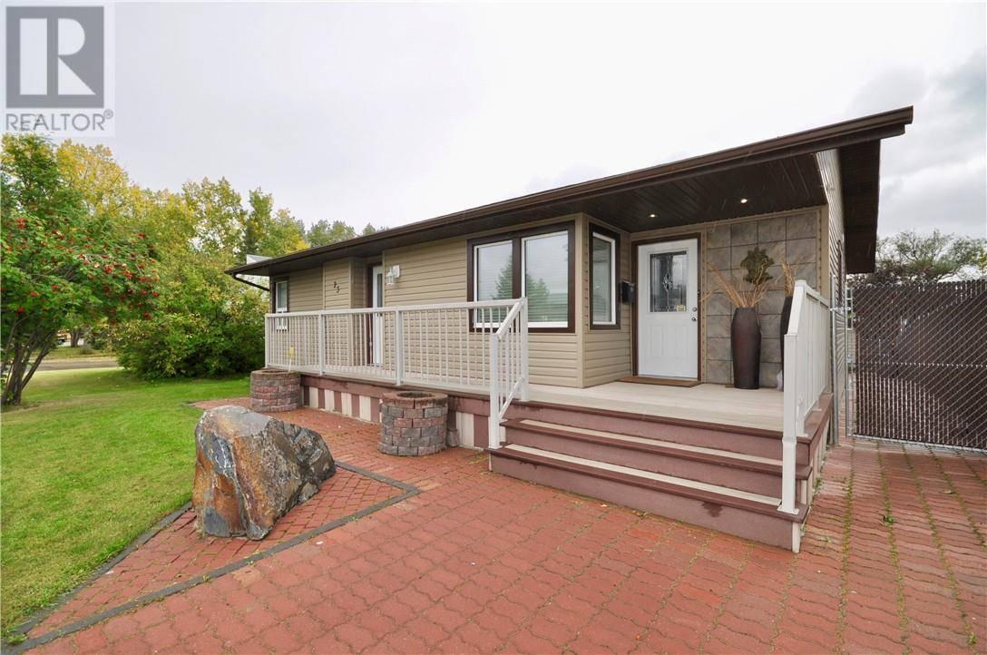 House for sale at 23 Olsen St Red Deer Alberta - MLS: ca0178137