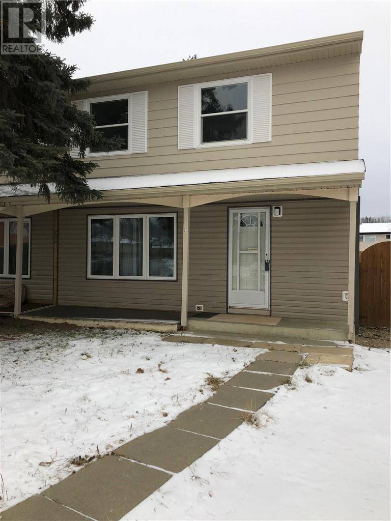 Townhouse for sale at 23 Pond Cres Fort Mcmurray Alberta - MLS: fm0190804