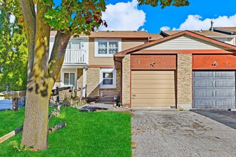 Townhouse for sale at 23 Red River Cres Toronto Ontario - MLS: E4995574