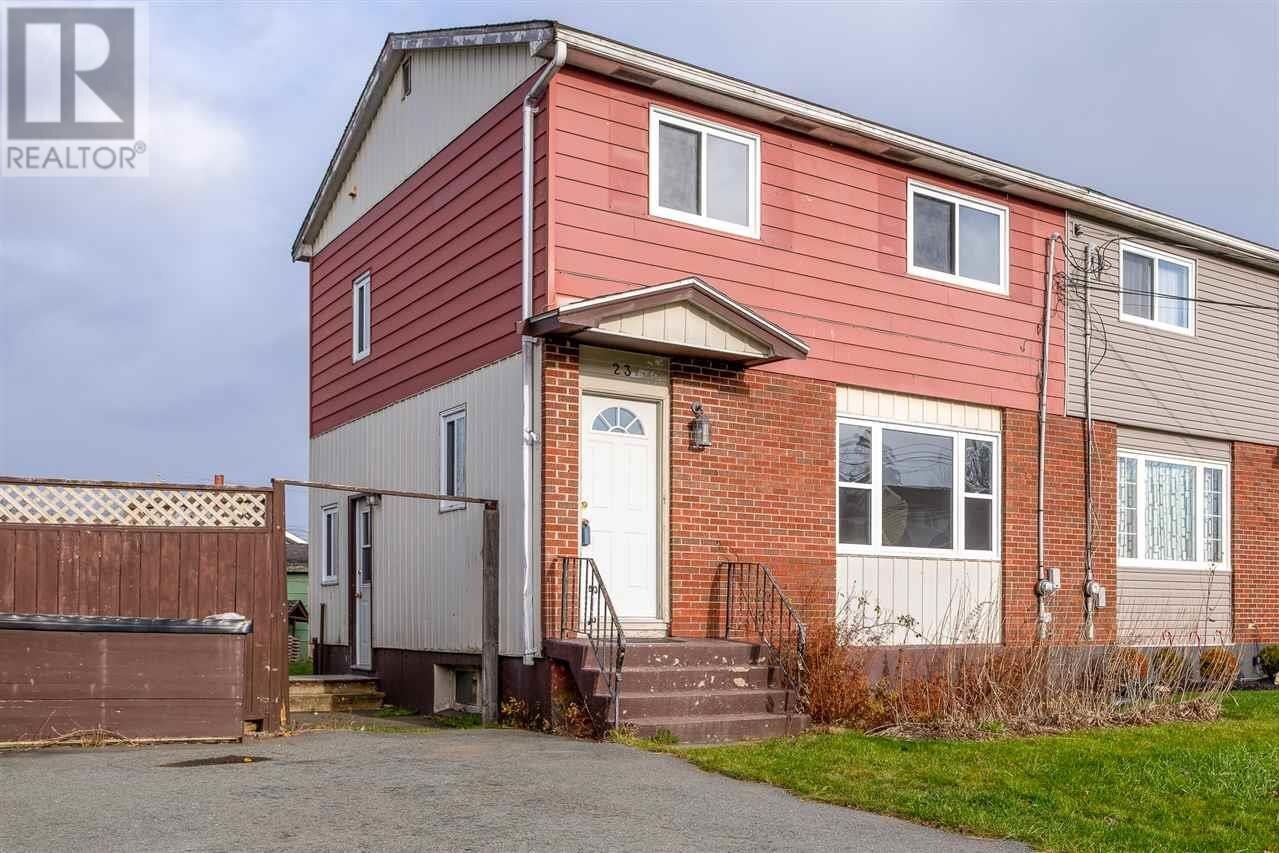 House for sale at 23 Shrewsbury Rd Dartmouth Nova Scotia - MLS: 202025121