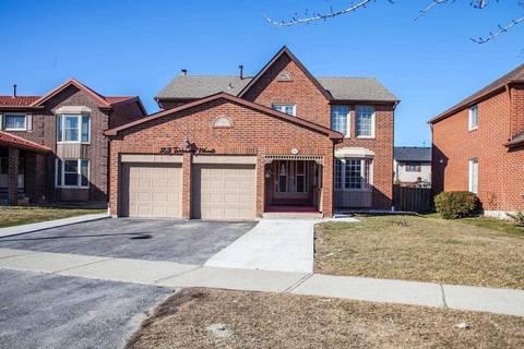 House for sale at 23 Torrance Wood Brampton Ontario - MLS: W4469809