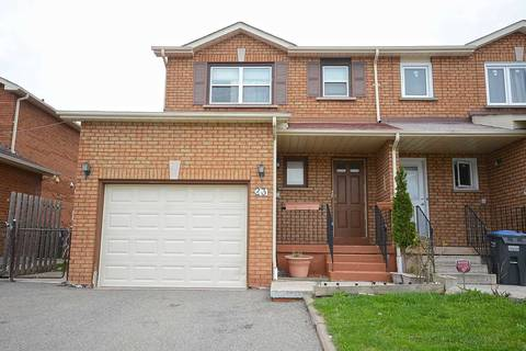Townhouse for sale at 23 Tulip Dr Brampton Ontario - MLS: W4445662