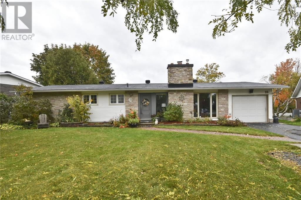 Removed: 23 Warbonnet Drive, Ottawa, ON - Removed on 2019-10-25 08:12:07