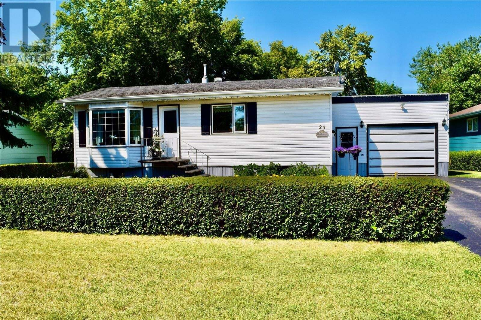 House for sale at 23 Warren St Redvers Saskatchewan - MLS: SK818455