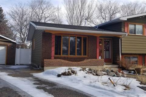 House for sale at 23 Watts By Regina Saskatchewan - MLS: SK801005
