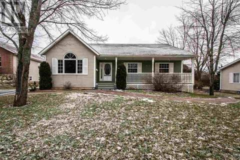 House for sale at 23 Winburn Ave Bridgewater Nova Scotia - MLS: 201900664