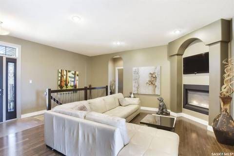 230 Wood Lily Drive, Moose Jaw | Image 2