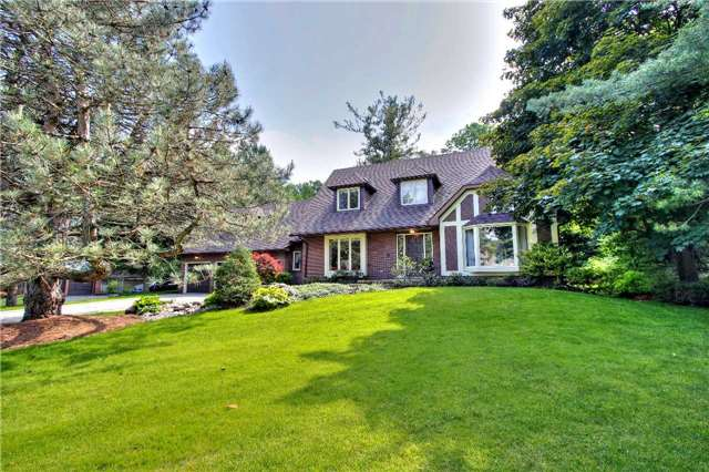 For Sale: 230 Woodland Acres Crescent, Vaughan, ON | 4 Bed, 4 Bath House for $3,398,000. See 20 photos!