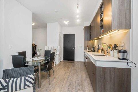 Apartment for rent at 101 Erskine Ave Unit 2301 Toronto Ontario - MLS: C5000859