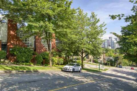 Townhouse for sale at 2301 Oak St Vancouver British Columbia - MLS: R2470269
