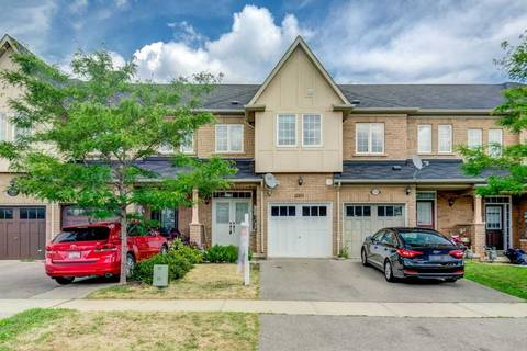 Townhouse for sale at 2301 Stone Glen Cres Oakville Ontario - MLS: W4540415