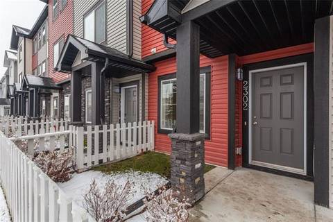 Townhouse for sale at 2302 Jumping Pound Common Cochrane Alberta - MLS: C4275164