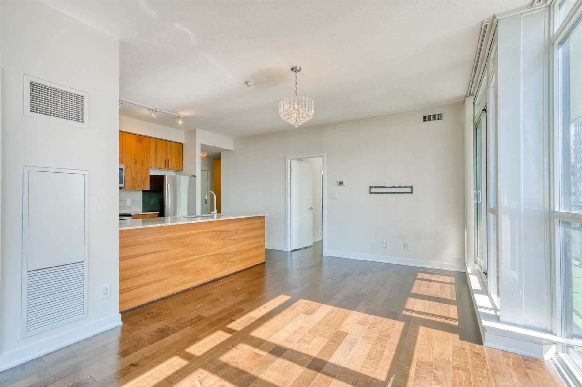 Apartment for rent at 4099 Brickstone Me Unit 2303 Mississauga Ontario - MLS: W4848576