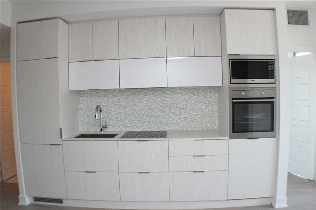 For Sale: 2304 - 318 Richmond Street, Toronto, ON | 1 Bed, 1 Bath Condo for $519,900. See 20 photos!