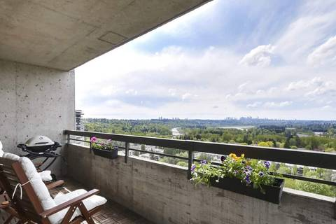 Condo for sale at 3737 Bartlett Ct Unit 2305 Burnaby British Columbia - MLS: R2453659