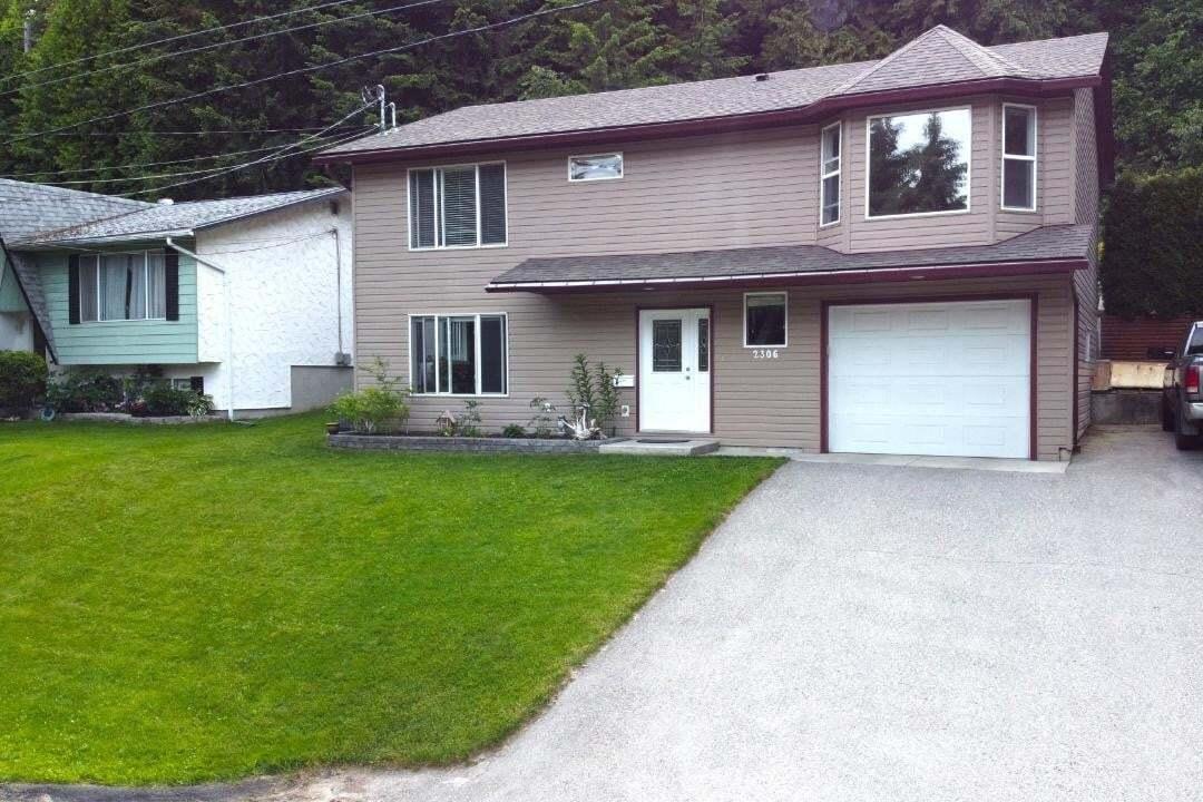 House for sale at 2306 11th Avenue  Castlegar British Columbia - MLS: 2452558