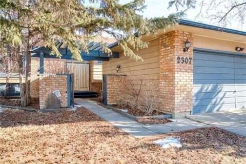 House for sale at 2307 Lake Bonavista Dr Southeast Calgary Alberta - MLS: C4300187