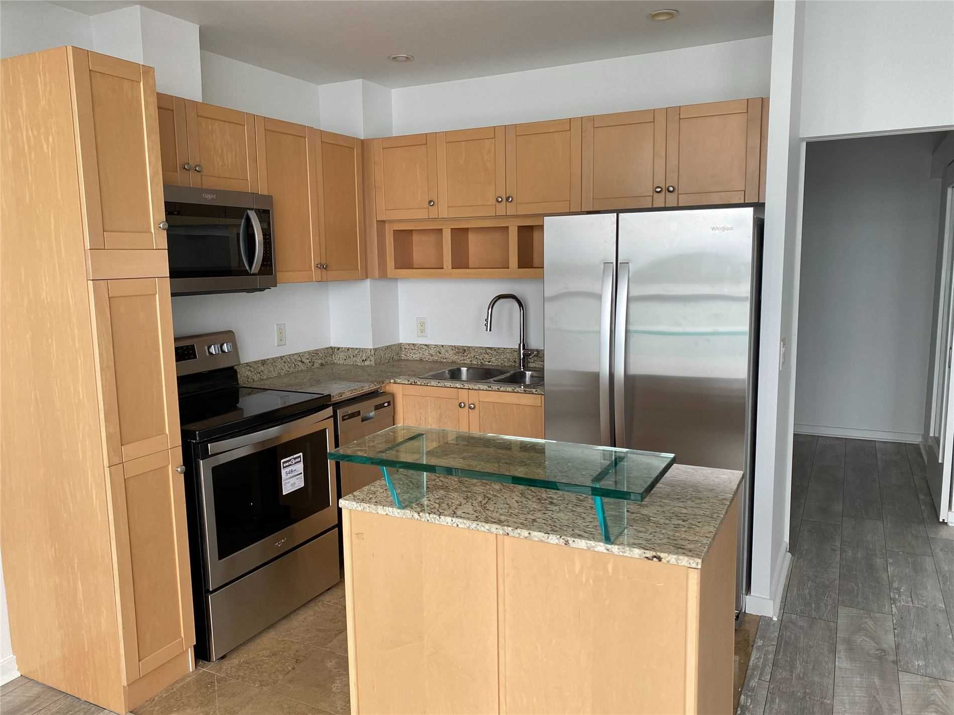 For Rent: 2308 - 208 Queens Quay, Toronto, ON | 1 Bed, 1 Bath Condo for $1700.00. See 17 photos!