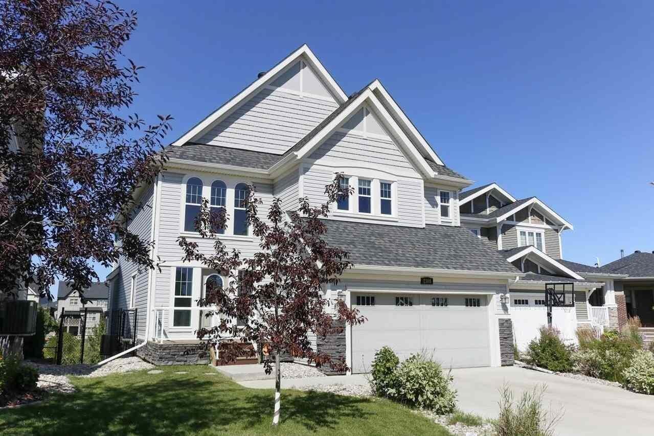 House for sale at 2308 Frezenberg Av NW Edmonton Alberta - MLS: E4209415