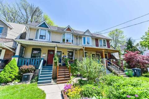 Townhouse for sale at 231 Ashdale Ave Toronto Ontario - MLS: E4772475