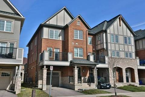 Townhouse for sale at 231 Betsy Dr Oakville Ontario - MLS: W4421651