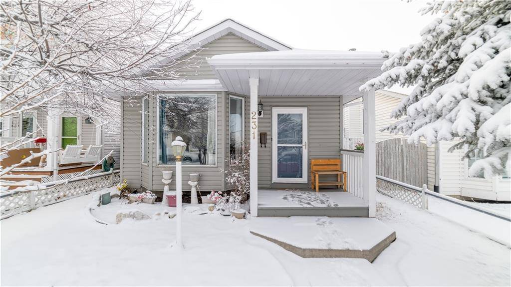 House for sale at 231 Costa Mesa Cs Ne Monterey Park, Calgary Alberta - MLS: C4221210