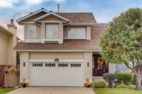 House for sale at 231 Douglasbank By Southeast Calgary Alberta - MLS: C4285165