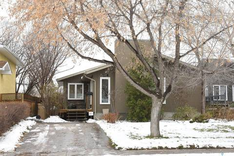 House for sale at 231 Hastings Cres Regina Saskatchewan - MLS: SK792501