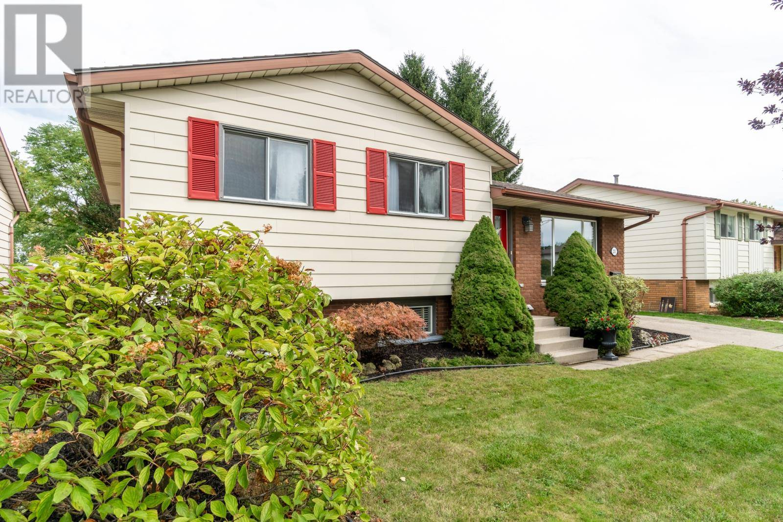 House for sale at 231 Michener Rd Chatham Ontario - MLS: 19025597