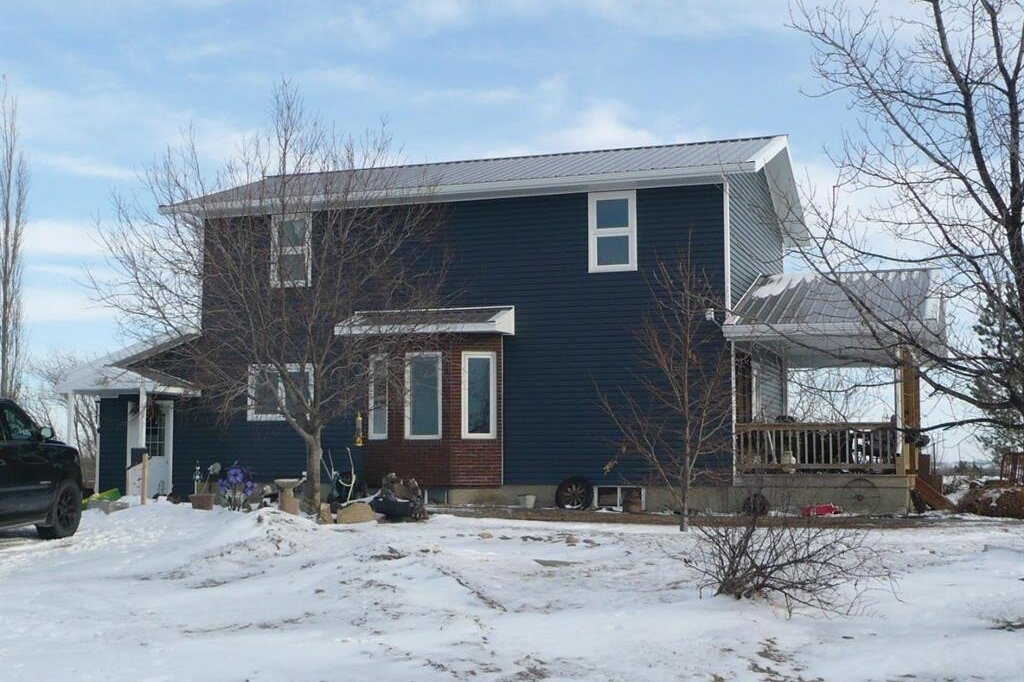 Residential property for sale at 231074 Township Road 432  Rural Ponoka County Alberta - MLS: CA0152244