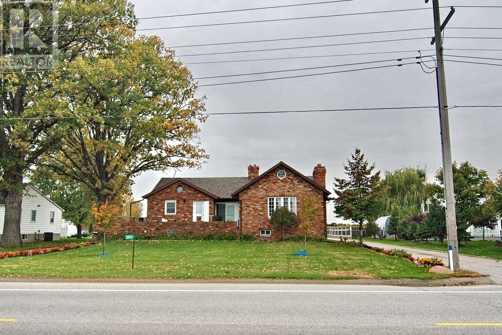 House for sale at 2311 Division Rd North Kingsville Ontario - MLS: 19027585